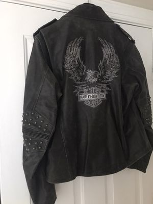 Harley Davidson distressed leather-L size for Sale in Cary, NC