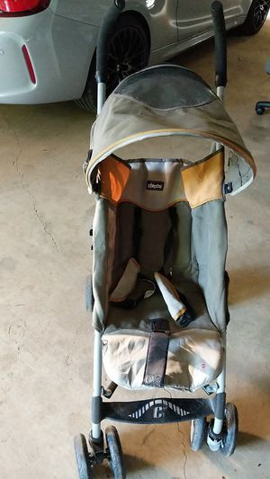 Chicco stroller for Sale in Cumming, GA