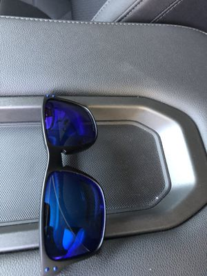 FREE Oakley Glasses (read) for Sale in Bell Gardens, CA