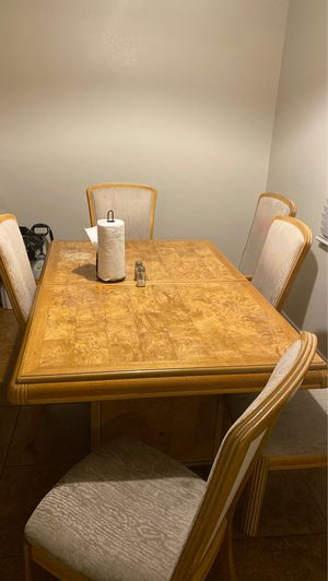Kitchen table for Sale in North Las Vegas, NV