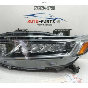 2018 2019 2020 HONDA ACCORD SEDAN LEFT DRIVER LED HEADLIGHT OEM UC43976 for Sale in Lynwood, CA