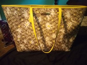 Michael Kors Jet Set Carryall Tote for Sale in Rice, VA