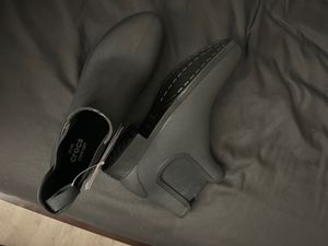 Crocs Boots Women's size 9 for Sale in Redondo Beach, CA