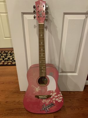 Hannah Montana Guitar for Sale in Middletown, MD