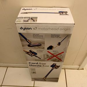 Brand New Dyson V7 Model No. Motorhead Origin Cordless Vacuum Cleaner for Sale in Cooper City, FL