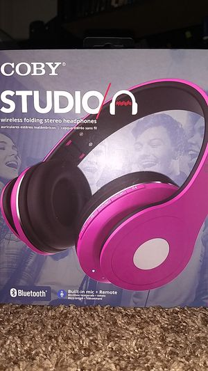 Coby studio wireless folding stereo headphones Pink New for Sale in Lincoln Acres, CA