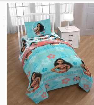 Moana 2 piece comforter set for Sale in Springfield, MA