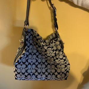 Coach Hobo Bag for Sale in Monroe Township, NJ