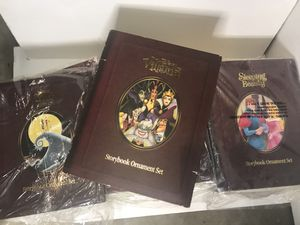 Disney Christmas Collection Storybook Ornament Set for Sale in Aventura, FL