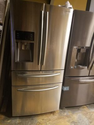 Samsung refrigerator New for Sale in Seattle, WA
