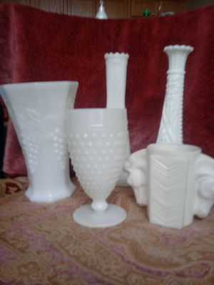 Milk Glass Vase/ Goblet/ Horse Decor for Sale in Hannibal, MO