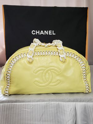 Authentic Chanel Bowling Bag for Sale in Warren, MI