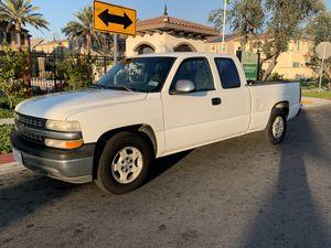 2002 Chevy Silverado v8 for Sale in Chino, CA