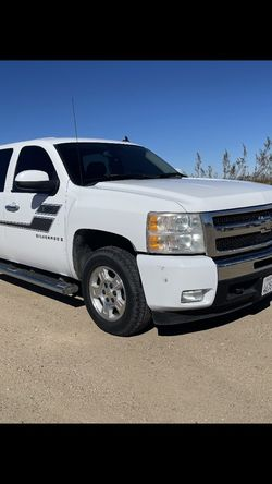 2007 Chevrolet Silverado for Sale in Victorville,  CA