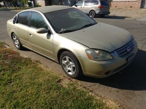 2002 Nissan Altima for Sale in Fresno, CA