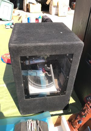 12in Clarion Pro Audio subwoofer in bandpass box for Sale in Lemoore, CA