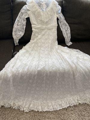 Vintage wedding dress for Sale in Saratoga Springs, UT