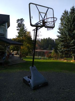 HUFFY Basketball Hoop for Sale in Gig Harbor, WA