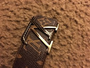 Lv belt for Sale in Philadelphia, PA