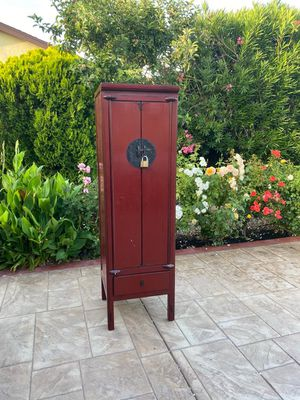 Antique Chinese cabinet for Sale in Fremont, CA
