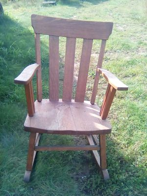 Rocking chair for Sale in Backus, MN