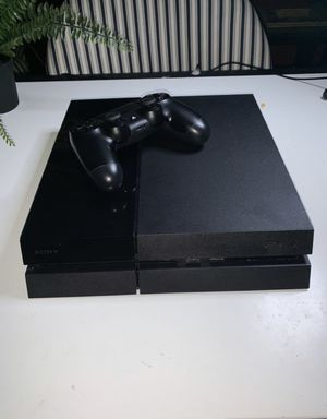 Ps4 w/ controller 500gb for Sale in Westerville, OH