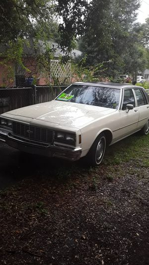 1980 Chevy impala/ac cold for Sale in Tampa, FL