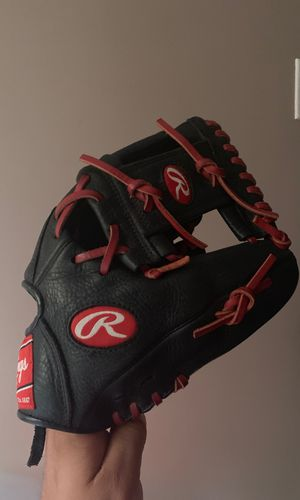 Rawlings youth baseball glove great condition for Sale in Industry, CA