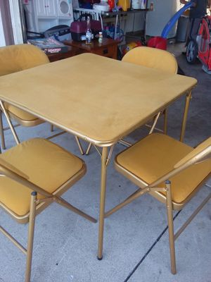 Table and 4 chair fabric for Sale in Jurupa Valley, CA