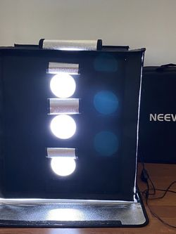 PHOTOGRAPHY BOX LIGHT for Sale in Miami,  FL
