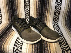 NIKE FREE RUN COMMUTER SIZE 8 RUNNING SHOES for Sale in Seattle, WA
