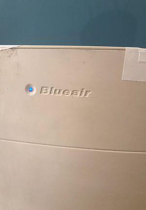 Blueair AV501 Hepa air purifier filter smoke for Sale in Los Angeles, CA