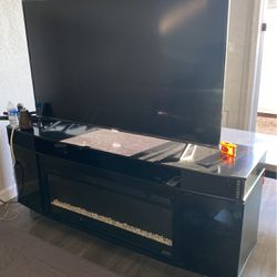 """Tv Stand & 55"""" Inch Tv for Sale in Los Angeles,  CA"""