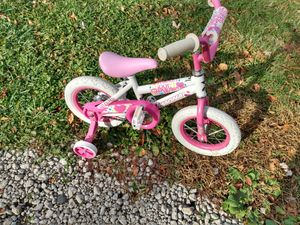Little girl bike for Sale in Warren, MI