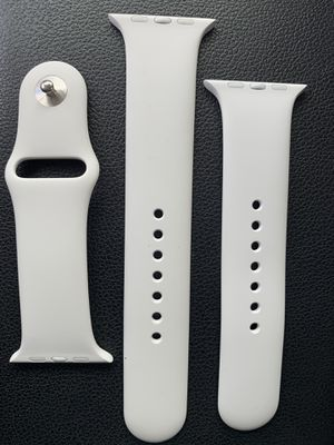 Brand new authentic Apple Watch white sport band for 42mm 44mm watches perfect large and small/medium bands included. for Sale in Centennial, CO