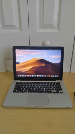 🌌 Apple MacBook Pro ( year 2012) Intel Core i5 / 1 Terabyte Hard disk / 8GB Ram / Good condition / New battery for Sale in Homestead, FL