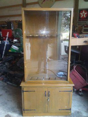 Gun cabinet for Sale in Prineville, OR