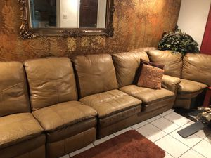 Brown Sectional Sofa with Pull-Out Bed With Recliner for Sale in Miami Gardens, FL