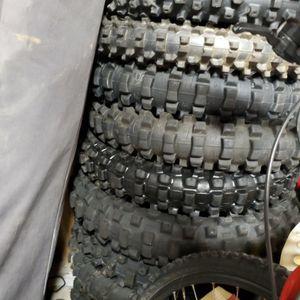 Good Used Off-road Tires Dunlop Bridgestone for Sale in Newport Beach, CA