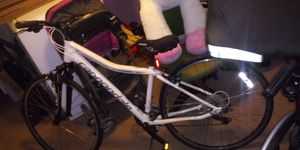 Cannon dale specialized mountain bike for Sale in OLD RVR-WNFRE, TX