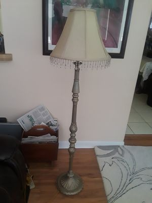 55 inch Standing Floor Lamp for Sale in Tampa, FL