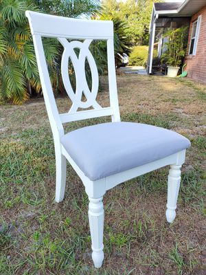 Chair for Sale in Eagle Lake, FL