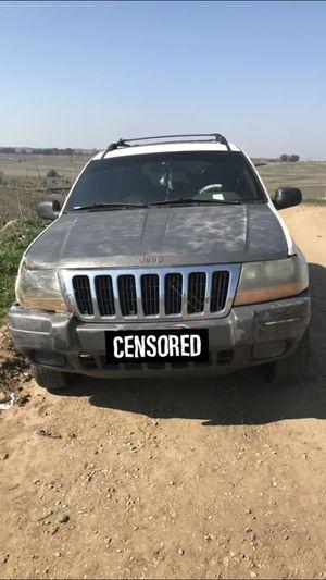 2001 jeep grand cherokee laredo for Sale in Fresno, CA