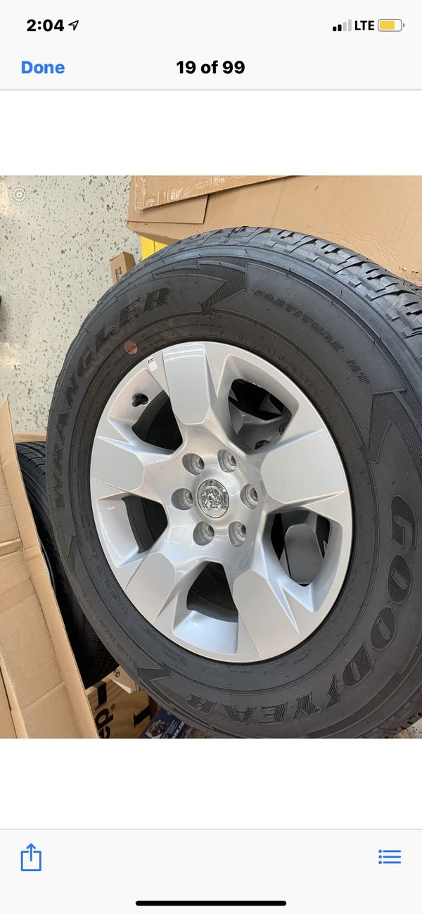 Set of 5 rims and tires