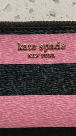 KATE SPADE WALLET for Sale in Tigard,  OR