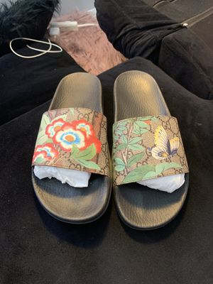 Gucci Slides Women Size 9 for Sale in San Diego, CA