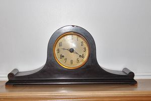 Antique New Haven Clock Company mantel clock for Sale in Waterbury, CT
