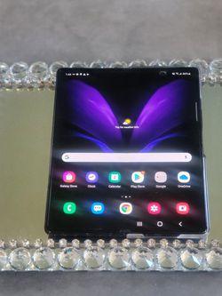 Samsung Galaxy Z Fold 5g Unlock 256 Gb Clean for Sale in Los Angeles,  CA