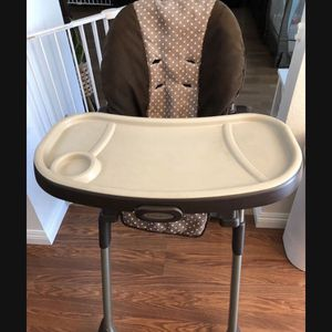 High Chair for Sale in Colton, CA