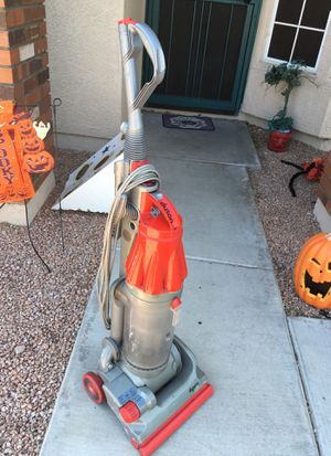 Dyson upright vacuum for Sale in Mesa, AZ